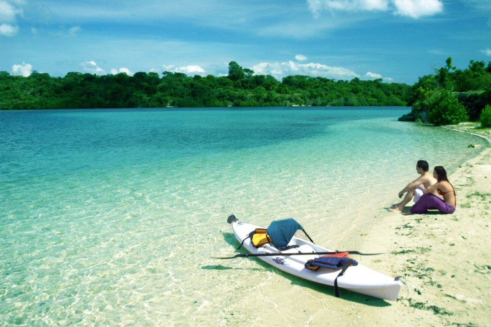 Bali, eiland van de goden en Japan <br/>€ 1987.00 <br/> <a href='https://www.333travel.nl/travel/?tt=4015_1631729_241358_&r=https%3A%2F%2Fwww.333travel.nl%2Findonesie%2Frondreis%2Fbali-eiland-van-de-goden-met-citytrip-tokyo' target='_blank'>Meer reisinfo</a>