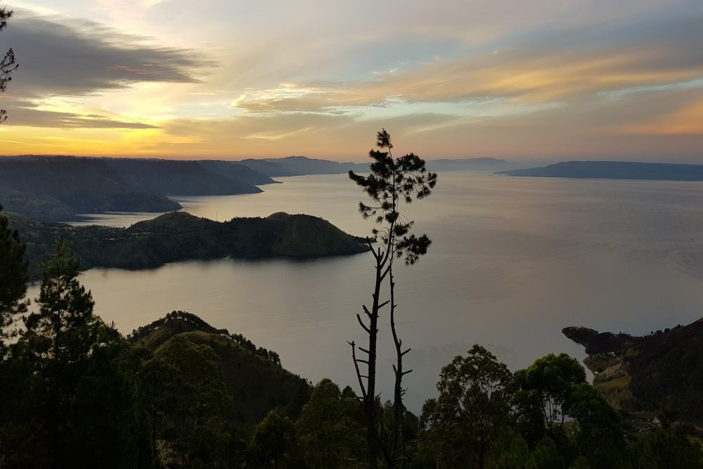 Grand Tour Sumatra, Java en Bali <br/>€ 2772.00 <br/> <a href='https://www.333travel.nl/travel/?tt=4015_1631729_241358_&r=https%3A%2F%2Fwww.333travel.nl%2Findonesie%2Frondreis%2Fgrand-tour-sumatra-java-en-bali' target='_blank'>Meer reisinfo</a>
