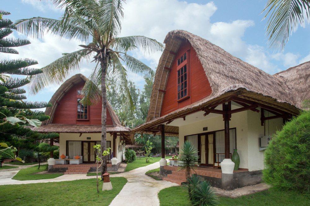 Jambuluwuk Oceano Boutique Resort <br/>€ 34.00 <br/> <a href='https://www.333travel.nl/travel/?tt=4015_1631756_241358_&r=https%3A%2F%2Fwww.333travel.nl%2Findonesie%2Fhotel%2Fjambuluwuk-oceano-boutique-resort' target='_blank'>Meer info</a>