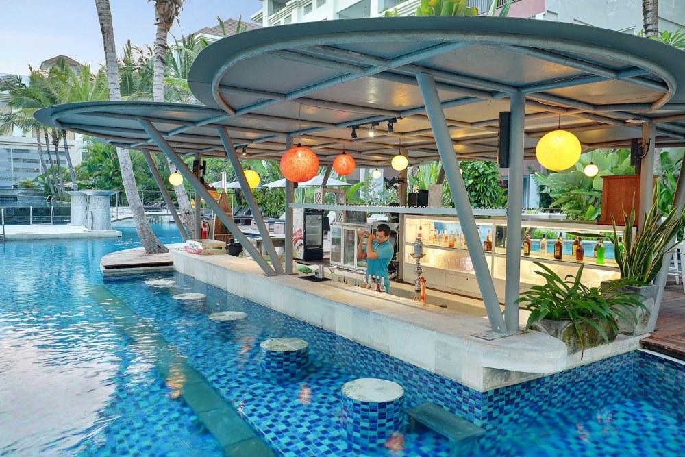 Swiss-Bel Resort Watu Jimbar <br/>€ 31.00 <br/> <a href='https://www.333travel.nl/travel/?tt=4015_1631729_241358_&r=https%3A%2F%2Fwww.333travel.nl%2Findonesie%2Fhotel%2Fswiss-bel-resort-watu-jimbar' target='_blank'>Meer reisinfo</a>