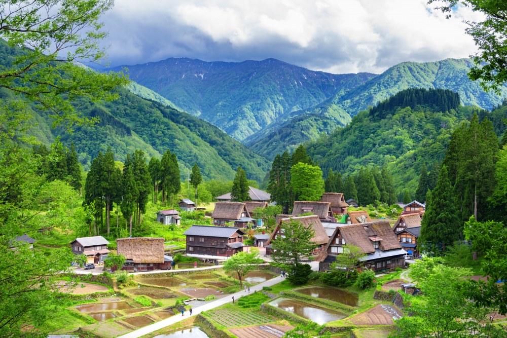 De rieten daken van Shirakawago