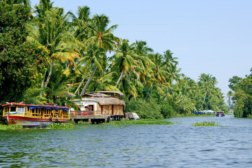 Backwaters en strand van Kerala